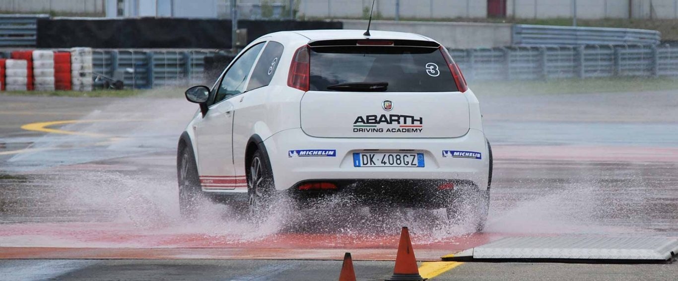Abarth Cars UK | Fiat Abarth Driving Academy | Info